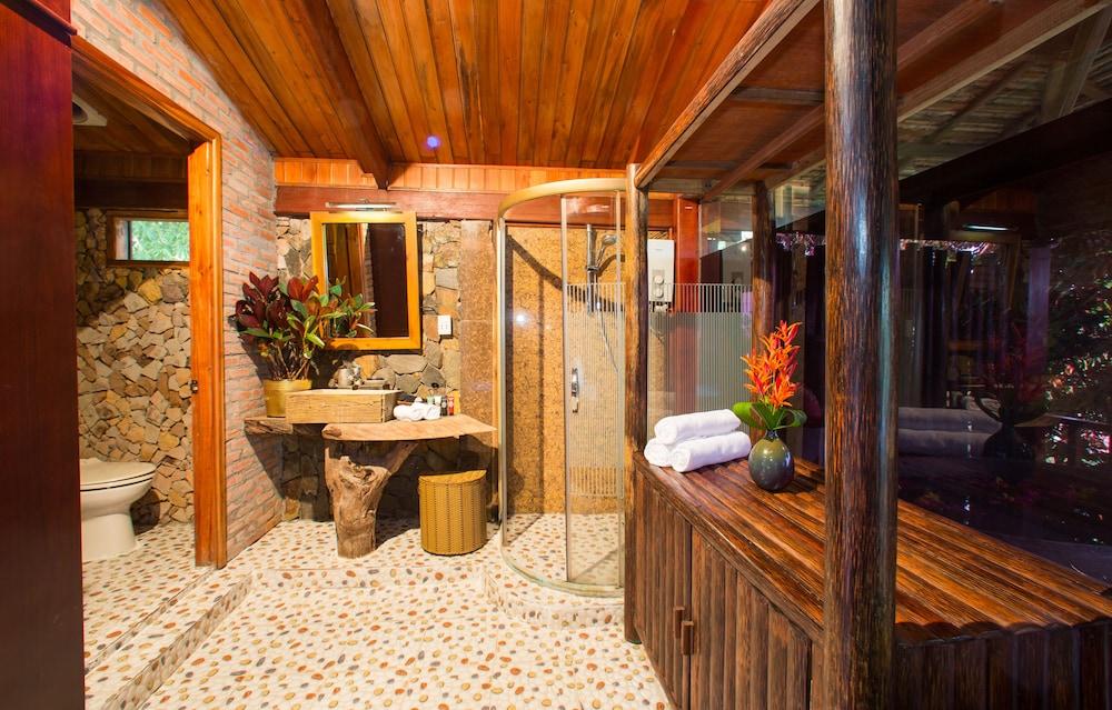 체즈 카로레 리조트 & 스파(Chez Carole Resort & Spa) Hotel Image 60 - Bathroom Amenities
