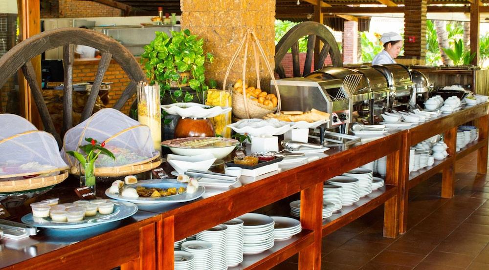 체즈 카로레 리조트 & 스파(Chez Carole Resort & Spa) Hotel Image 71 - Breakfast Area