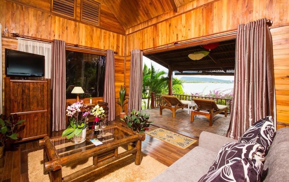 체즈 카로레 리조트 & 스파(Chez Carole Resort & Spa) Hotel Image 41 - Living Room