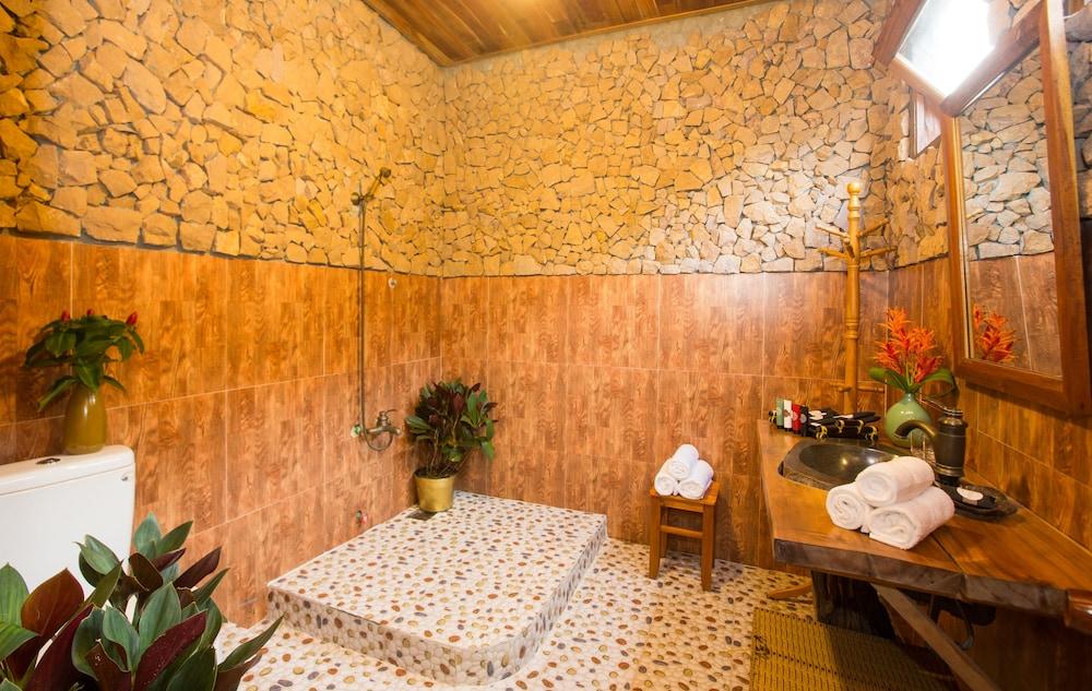 체즈 카로레 리조트 & 스파(Chez Carole Resort & Spa) Hotel Image 61 - Bathroom Amenities