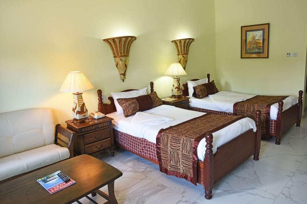 Imperial Resort Beach Hotel, Entebbe