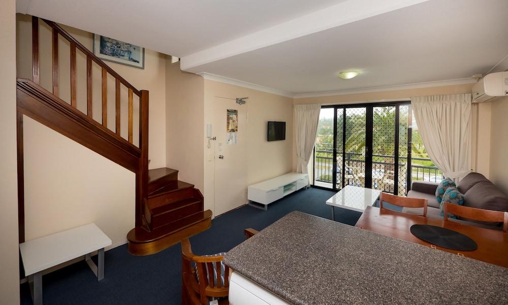 아일랜드 비치 리조트(Island Beach Resort) Hotel Image 27 - Living Area