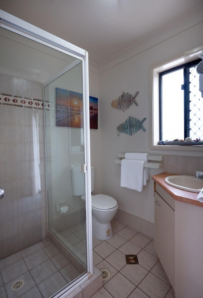 아일랜드 비치 리조트(Island Beach Resort) Hotel Image 47 - Bathroom