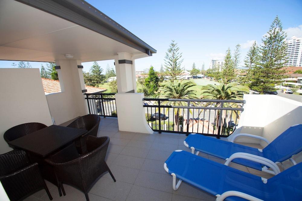 아일랜드 비치 리조트(Island Beach Resort) Hotel Image 42 - Balcony