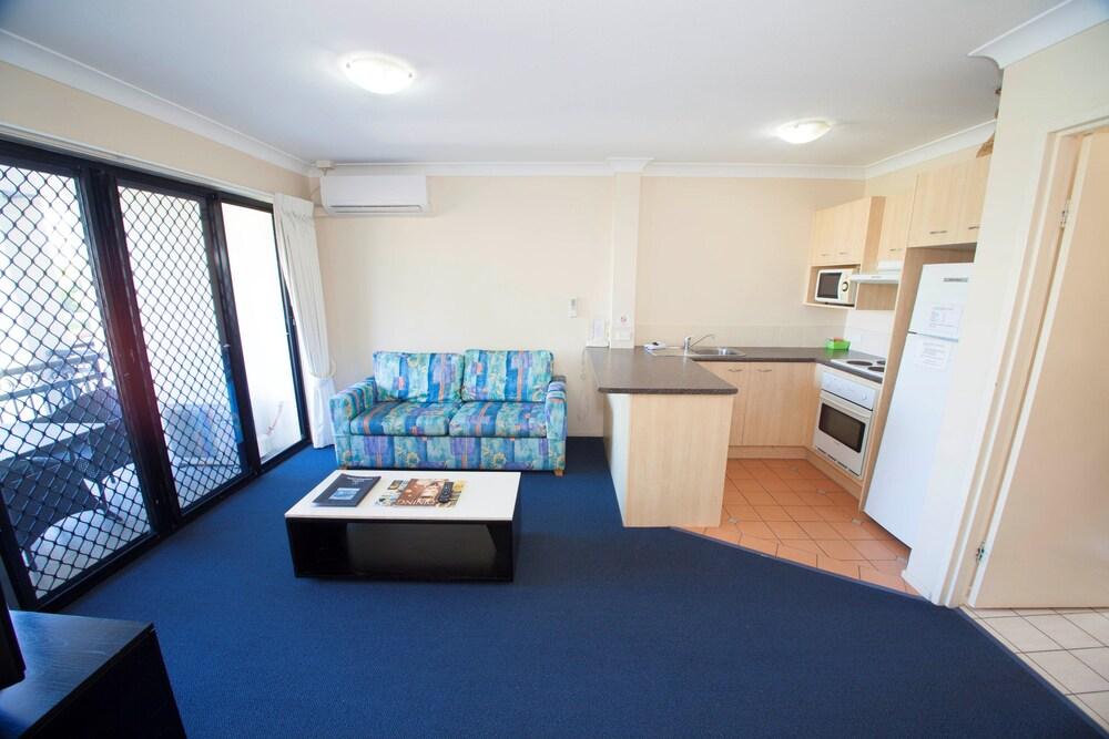 아일랜드 비치 리조트(Island Beach Resort) Hotel Image 34 - Living Area