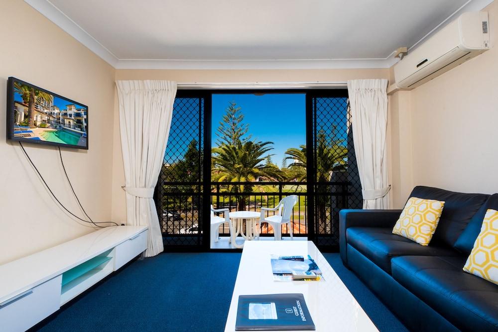 아일랜드 비치 리조트(Island Beach Resort) Hotel Image 19 - Guestroom