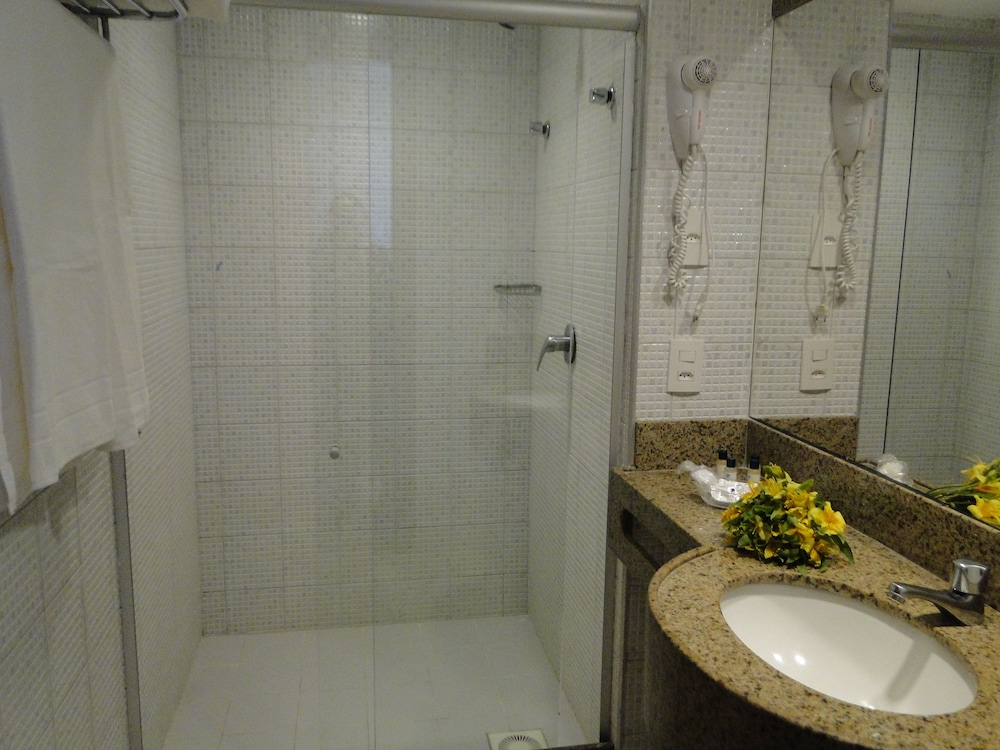 코스타 도 마르 호텔(Costa do Mar Hotel) Hotel Image 26 - Bathroom