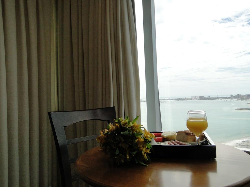 코스타 도 마르 호텔(Costa do Mar Hotel) Hotel Image 19 - Guestroom