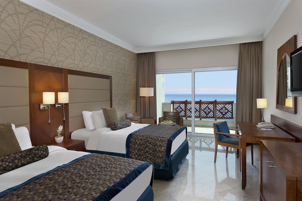 https://i.travelapi.com/hotels/5000000/4250000/4249300/4249282/0777d6ac_z.jpg