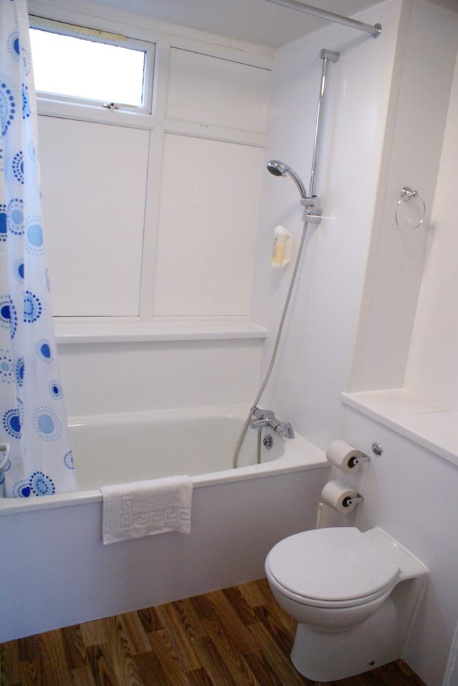 사우스포트 홀리데이 파크(Southport Holiday Park) Hotel Image 6 - Bathroom
