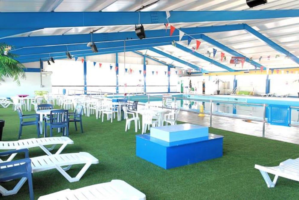 사우스포트 홀리데이 파크(Southport Holiday Park) Hotel Image 2 - Pool