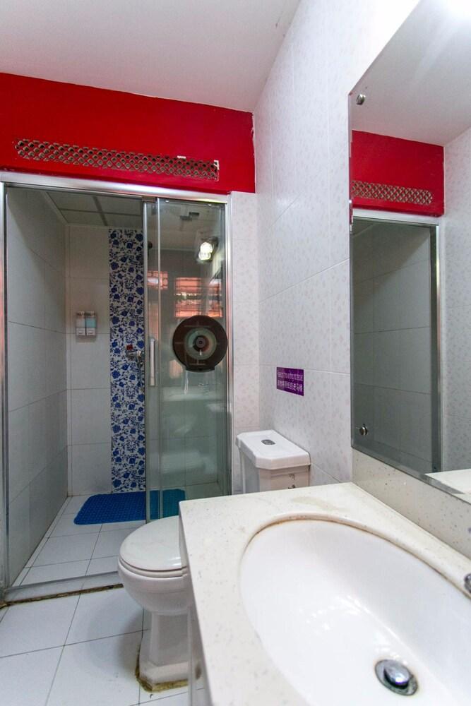 インペリアル コートヤード ホテル (北京花園十六號四合院酒店)