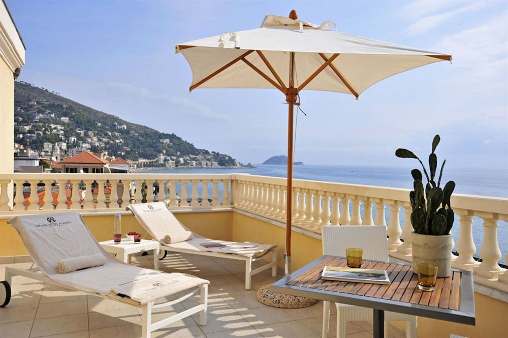 그랜드 호텔 알라시오 리조트 & 스파(Grand Hotel Alassio Resort & Spa) Hotel Thumbnail Image 0 - Featured Image