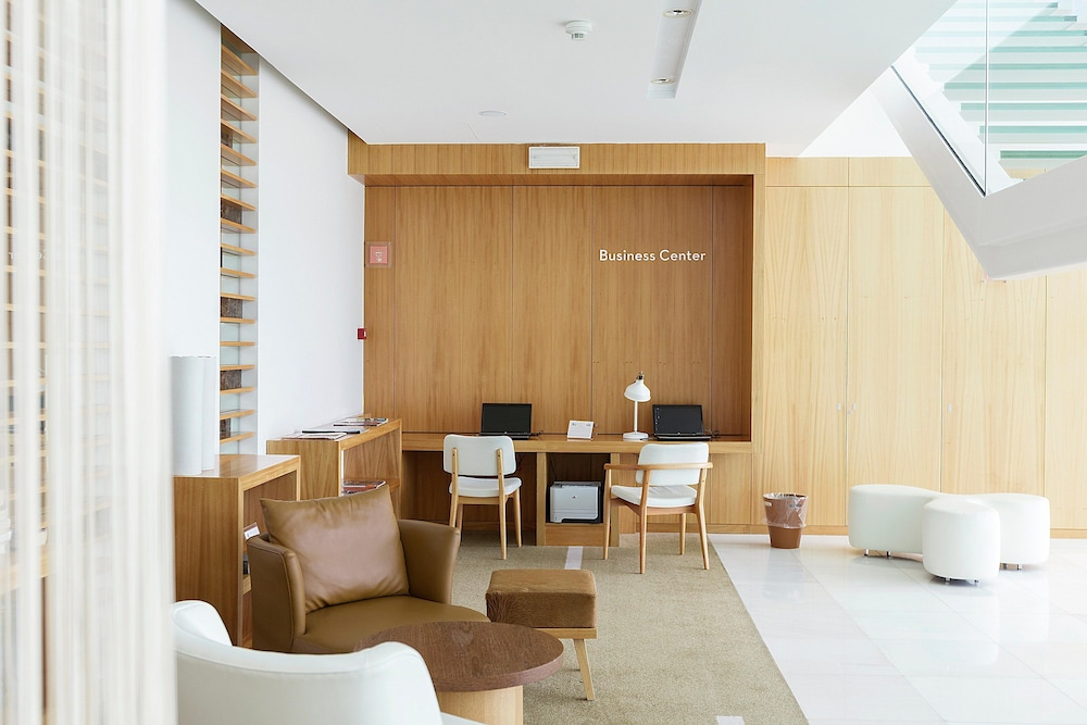 마르티냘 리스본 카스카이스 패밀리 호텔(Martinhal Lisbon Cascais Family Hotel) Hotel Image 51 - Business Center
