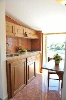 레 두에 시레네(Le due Sirene) Hotel Image 10 - In-Room Kitchen