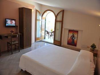레 두에 시레네(Le due Sirene) Hotel Image 6 - Guestroom
