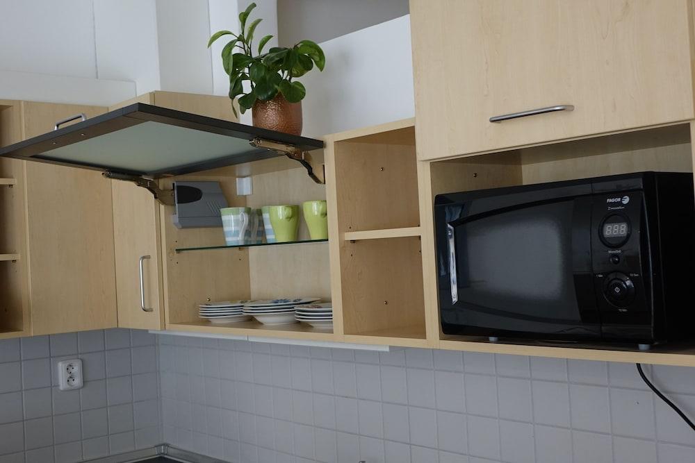 EEL 어코모데이션 브르노(EEL accommodation Brno) Hotel Image 3 - In-Room Kitchen