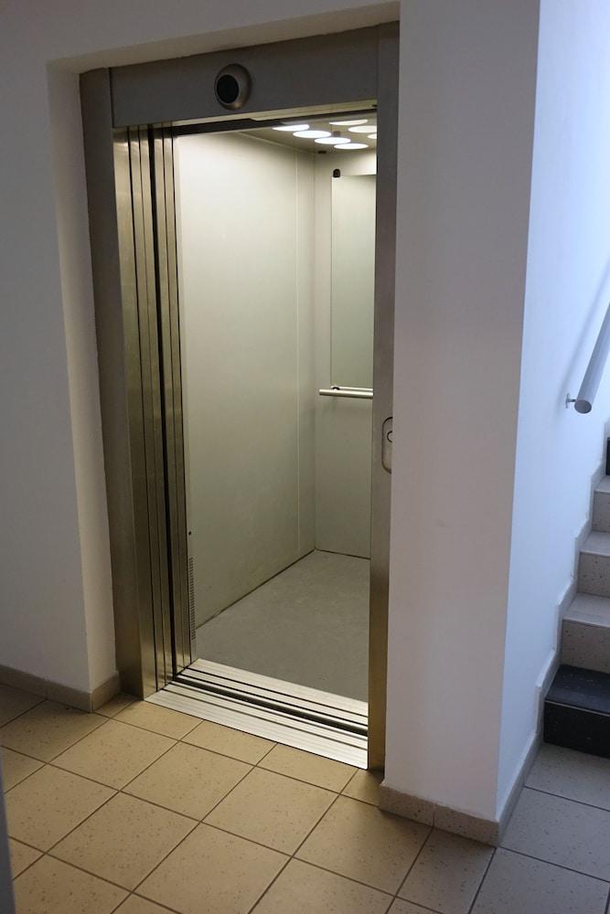 EEL 어코모데이션 브르노(EEL accommodation Brno) Hotel Image 27 - Hallway