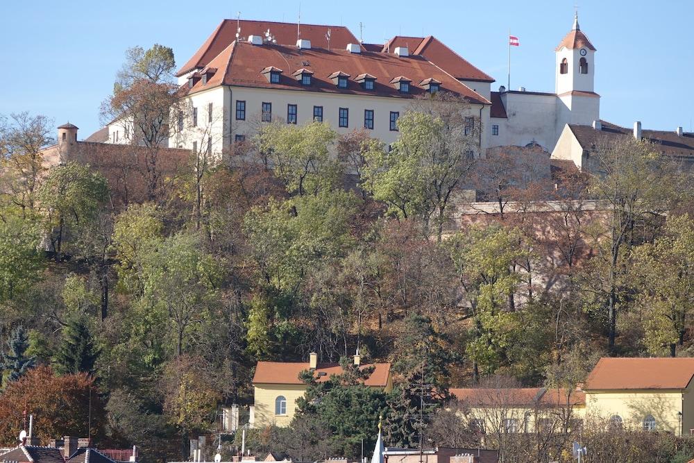EEL 어코모데이션 브르노(EEL accommodation Brno) Hotel Image 33 - Exterior