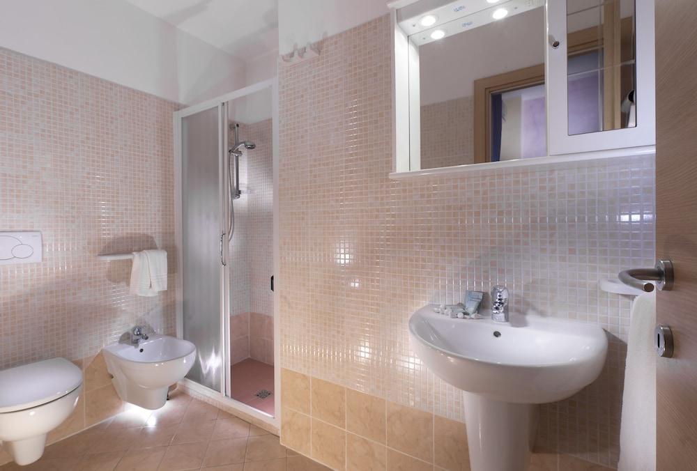 호텔 루벤스(Hotel Rubens) Hotel Image 22 - Bathroom