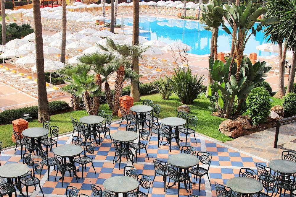 이베로스타 말라가 플라야(Iberostar Málaga Playa) Hotel Image 62 - Terrace/Patio