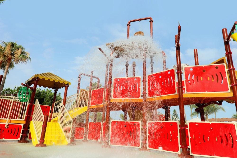 이베로스타 말라가 플라야(Iberostar Málaga Playa) Hotel Image 47 - Childrens Play Area - Outdoor
