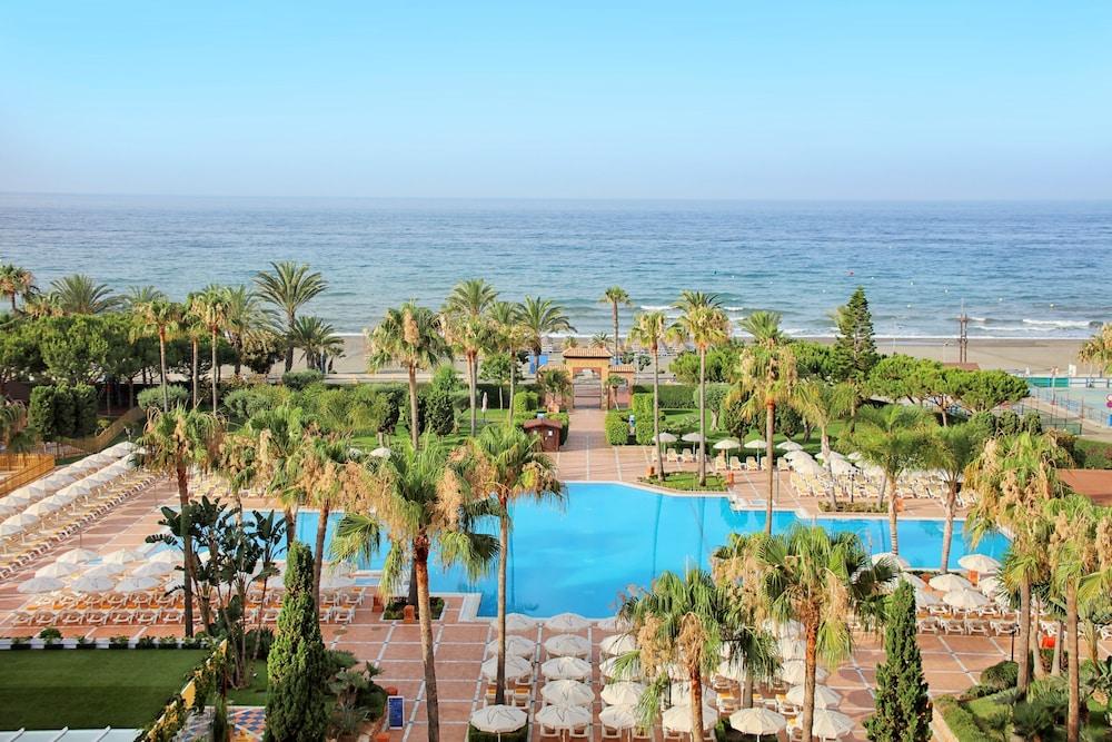 이베로스타 말라가 플라야(Iberostar Málaga Playa) Hotel Image 38 - Outdoor Pool