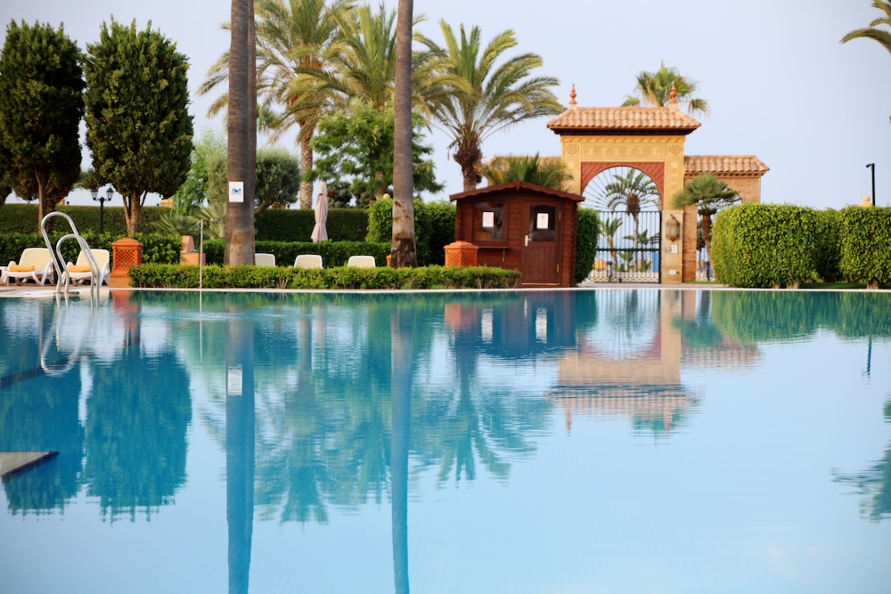 이베로스타 말라가 플라야(Iberostar Málaga Playa) Hotel Image 39 - Outdoor Pool