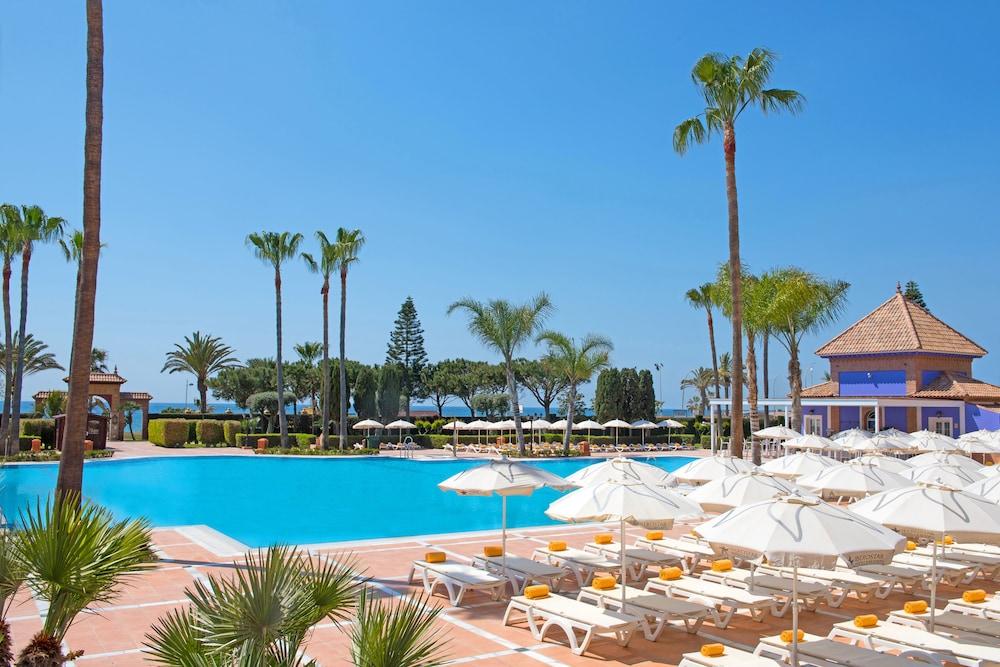 이베로스타 말라가 플라야(Iberostar Málaga Playa) Hotel Image 4 - Pool
