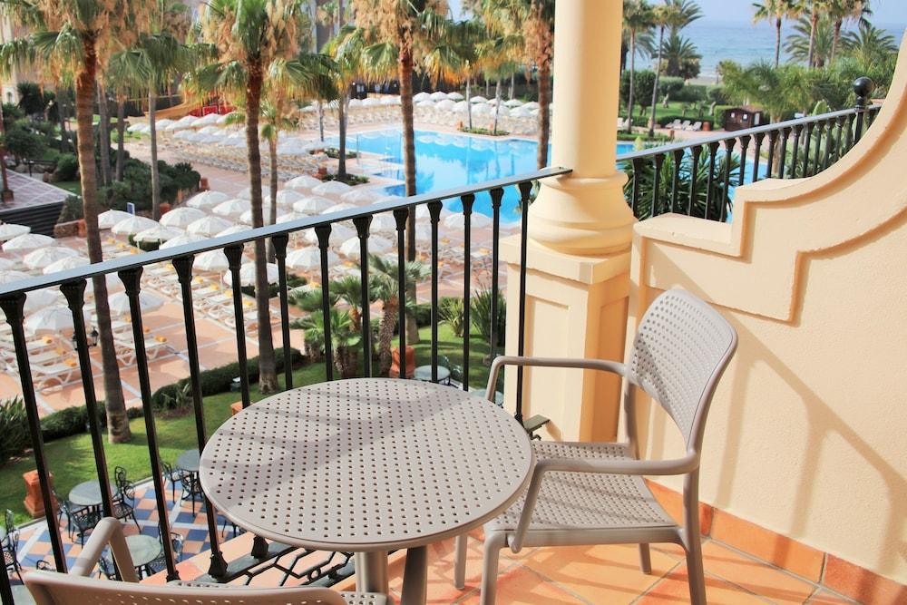 이베로스타 말라가 플라야(Iberostar Málaga Playa) Hotel Image 32 - Guestroom View