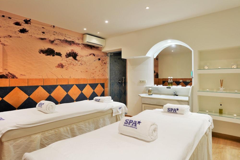 이베로스타 말라가 플라야(Iberostar Málaga Playa) Hotel Image 44 - Treatment Room
