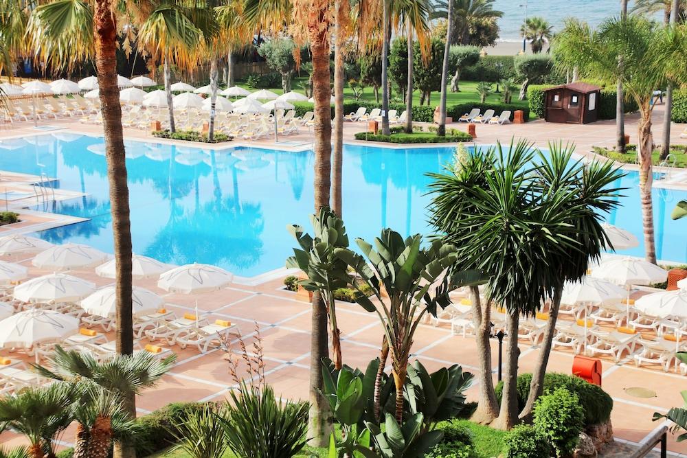 이베로스타 말라가 플라야(Iberostar Málaga Playa) Hotel Image 41 - Outdoor Pool