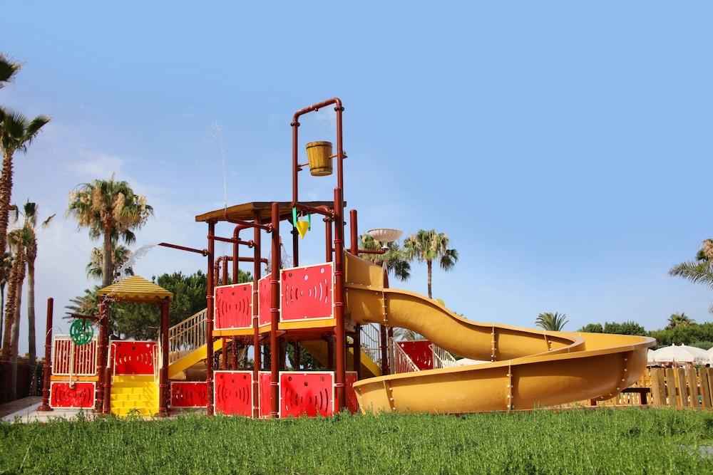 이베로스타 말라가 플라야(Iberostar Málaga Playa) Hotel Image 48 - Childrens Play Area - Outdoor