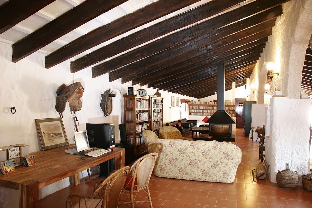 마트사니 그란 아그로투리스모(Matxani Gran Agroturismo) Hotel Image 64 - Fireplace