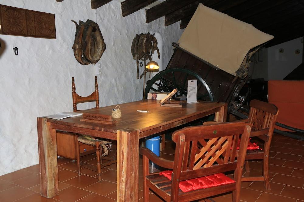 마트사니 그란 아그로투리스모(Matxani Gran Agroturismo) Hotel Image 18 - In-Room Dining