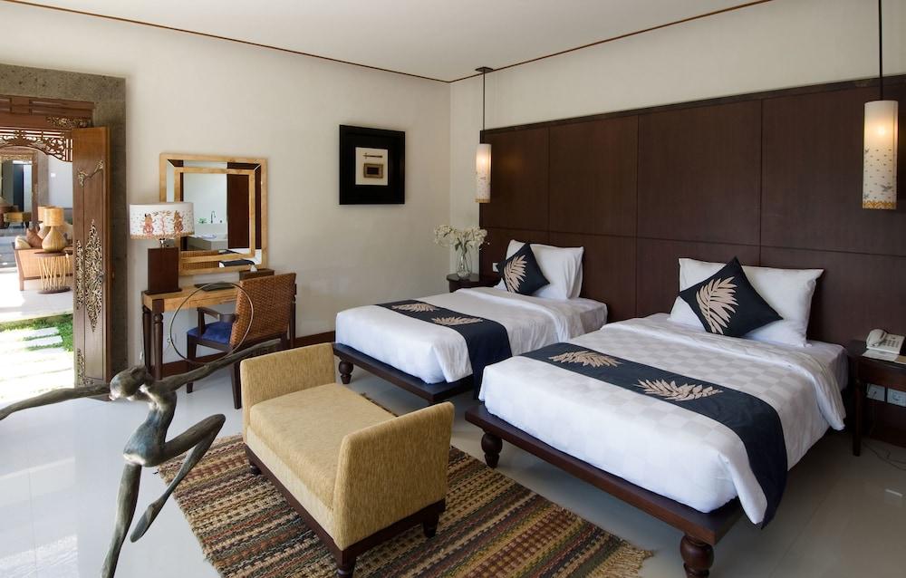 부미 링가 더 프라타마 빌라스(Bumi Linggah The Pratama Villas) Hotel Image 4 - Guestroom