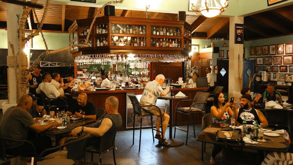 테라 린다 리조트(Terra Linda Resort) Hotel Image 19 - 레스토랑