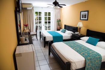 Double Room, 2 Queen Beds