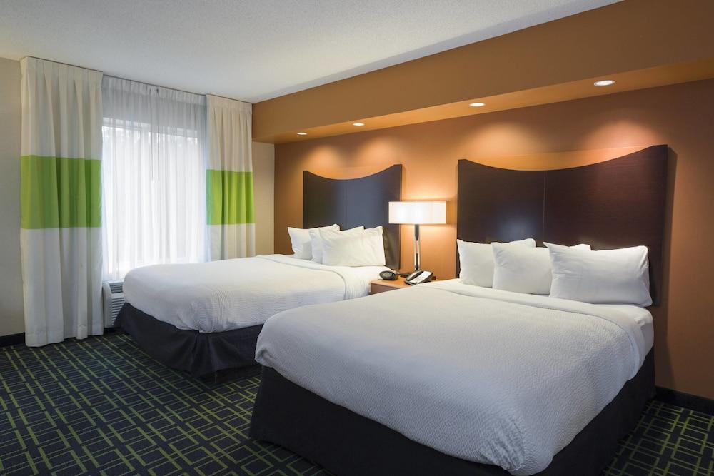 페어필드 인 & 스위트 바이 메리어트 빌밀 바인랜드(Fairfield Inn & Suites by Marriott Millville Vineland) Hotel Image 5 - Guestroom