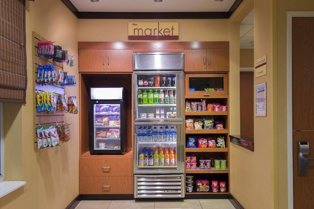 페어필드 인 & 스위트 바이 메리어트 빌밀 바인랜드(Fairfield Inn & Suites by Marriott Millville Vineland) Hotel Image 14 - Gift Shop
