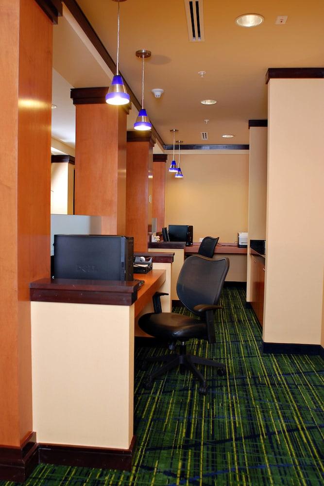 페어필드 인 & 스위트 바이 메리어트 빌밀 바인랜드(Fairfield Inn & Suites by Marriott Millville Vineland) Hotel Image 19 - Business Center