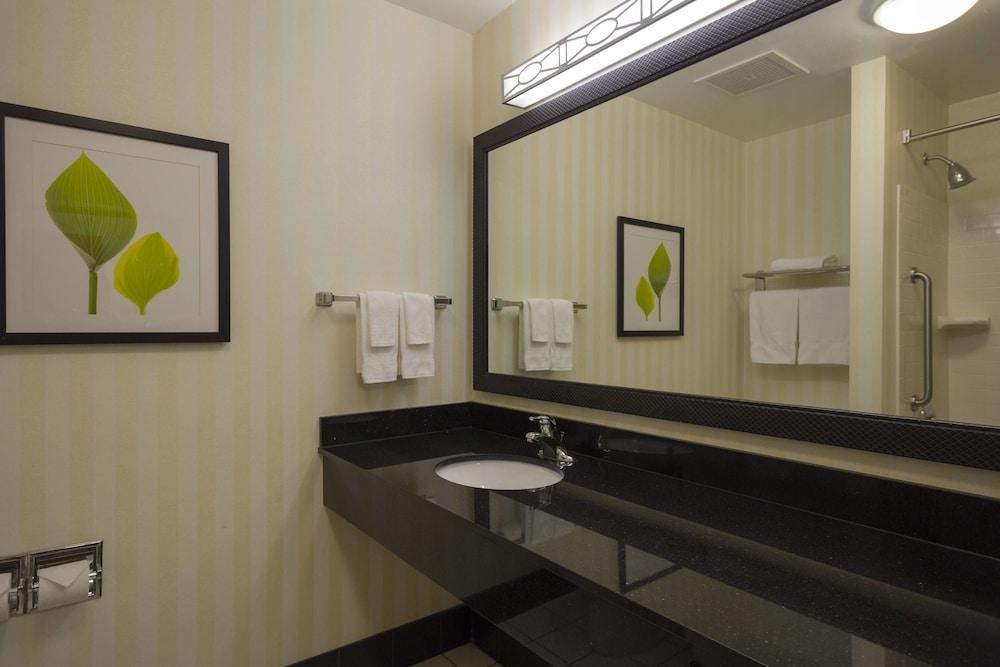 페어필드 인 & 스위트 바이 메리어트 빌밀 바인랜드(Fairfield Inn & Suites by Marriott Millville Vineland) Hotel Image 9 - Guestroom