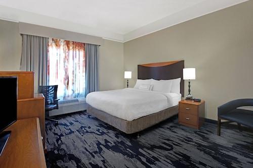 . Fairfield Inn & Suites by Marriott Carlsbad