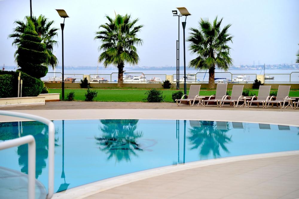 헥사고네 비즈니스 & 미팅 호텔(Hotel Hegsagone Marine Asia) Hotel Image 21 - Outdoor Wedding Area