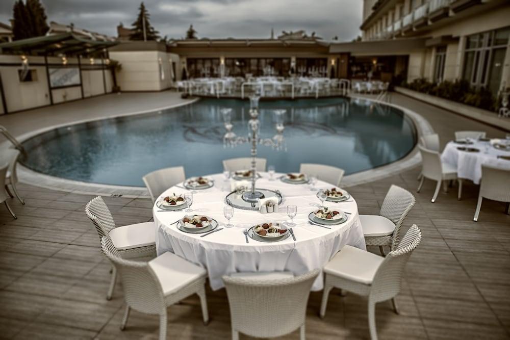 헥사고네 비즈니스 & 미팅 호텔(Hotel Hegsagone Marine Asia) Hotel Image 20 - Outdoor Dining