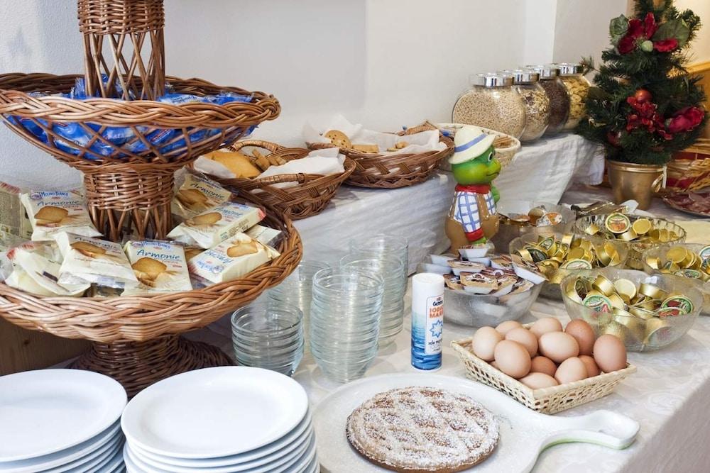 가이아 웰니스 레지던스 호텔(Gaia Wellness Residence Hotel) Hotel Image 28 - Breakfast Area