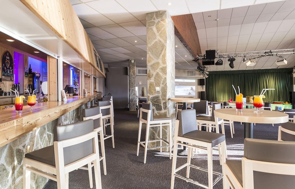 오텔 클럽 엠엠비 르 베르제(Hôtel Club mmv Les Bergers) Hotel Image 29 - Hotel Bar