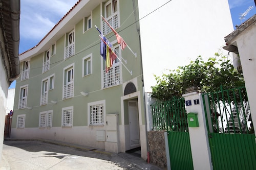. Hostal Campo Real Bed & Breakfast