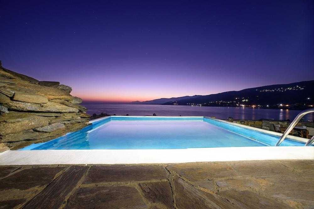 카보스 베이 호텔 & 스튜디오스(Cavos Bay Hotel and Studios) Hotel Image 24 - Infinity Pool