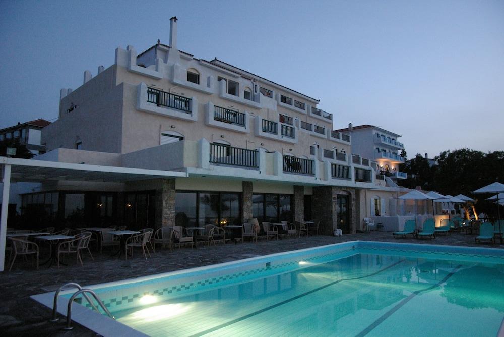 카보스 베이 호텔 & 스튜디오스(Cavos Bay Hotel and Studios) Hotel Image 59 - Beach/Ocean View
